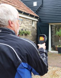tjalling-met-warmte-camera